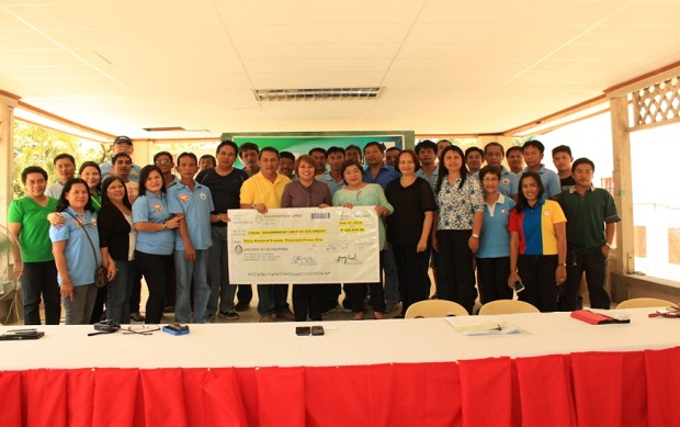 AWARDING OF DOLE INTEGRATED LIVELIHOOD (1)