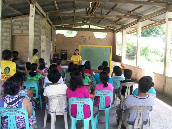 FAMILY DEVELOPMENT SESSION IN DIFFERENT BARANGAYS (4)