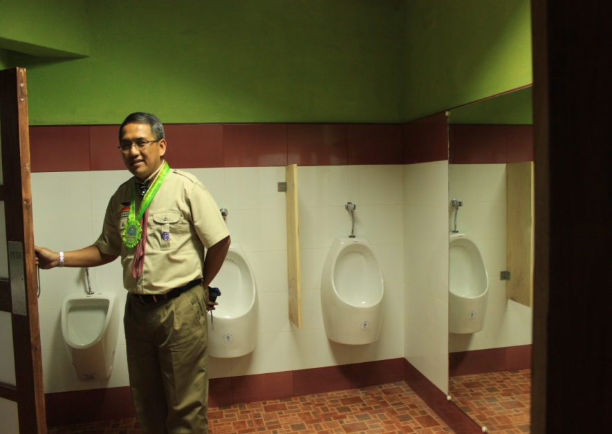 RENOVATION OF RESTROOMS AT MT. BALUNGAO (4)