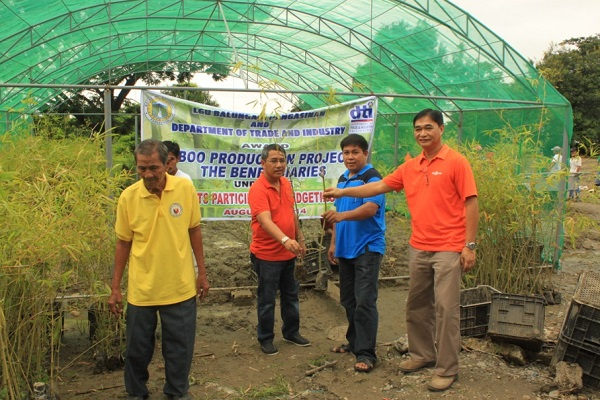 AWARDING OF BAMBOO PRODUCTION PROJECT  (4)