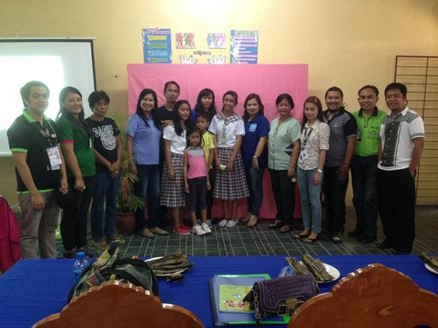 Awarding of Exemplary Child of the Pantawid Pamilya Regional Competition (2)