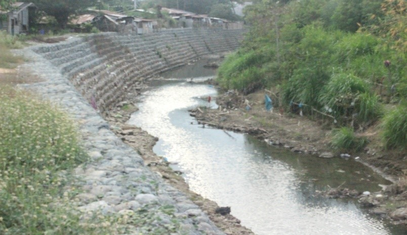 construction-of-river-bank-protectionsan-joaquin