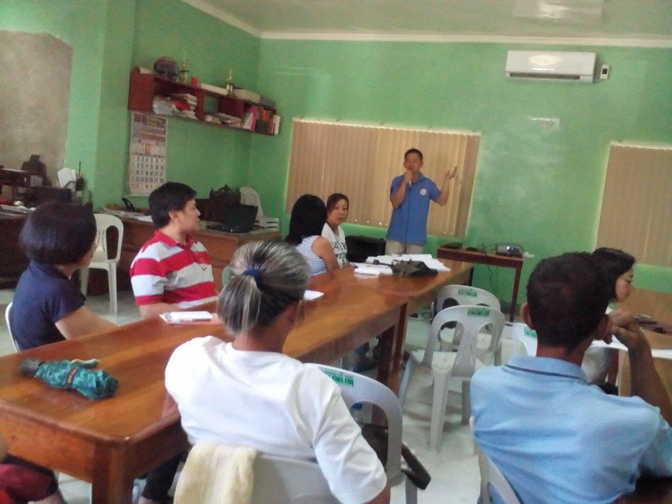 mass-distribution-of-cash-grants-to-pantawid-pamilyang-pilipino-programapril-13-2015